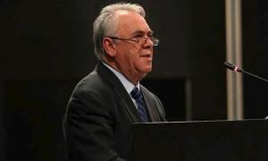 Επιμένει ο Δραγασάκης: Τα Μνημόνια και η σκληρή επιτροπεία φθάνουν στο τέλος τους