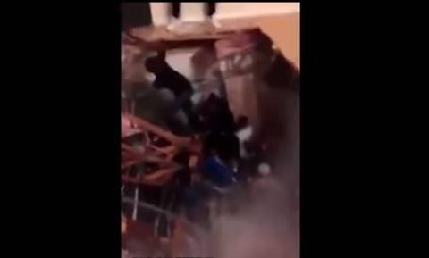 Τρομακτικό βίντεο: Φοιτητές χορεύουν όταν ξαφνικά το πάτωμα υποχωρεί