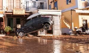 Κακοκαιρία: Τις πληγές της μετράει η Σύμη - Τόνοι λάσπης και μπάζα σκέπασαν τα πάντα (pics&vids)