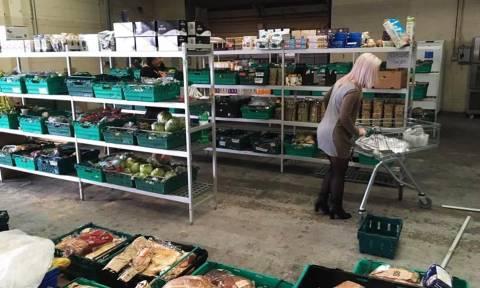 Αυτός ο Δήμος μοιράζει τρόφιμα σε 12.000 οικογένειες!