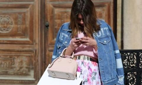 Smart Shopping: Δύο εύκολοι τρόποι να εξοικονομήσεις χρήματα ενώ ψωνίζεις online