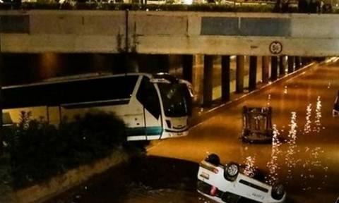 В Греции число жертв наводнения достигло 15 человек