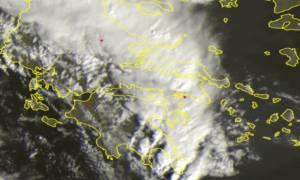 Καιρός ΤΩΡΑ: Δείτε LIVE την πορεία της κακοκαιρίας πάνω από την Ελλάδα (δορυφορική λήψη)
