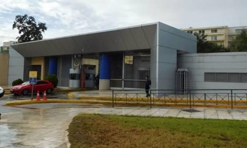 ΓΕΕΘΑ: Από την κεντρική πύλη εισέβαλε ο «Ρουβίκωνας» στο υπουργείο Εθνικής Άμυνας