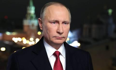 Ρωσία: Θα είναι ο Πούτιν υποψήφιος στις προεδρικές εκλογές του 2018; Τι απαντά το Κρεμλίνο
