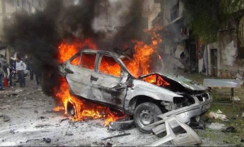«Λουτρό» αίματος στη Συρία: Παγιδευμένο αυτοκίνητο εξερράγη σε καταυλισμό εκτοπισμένων