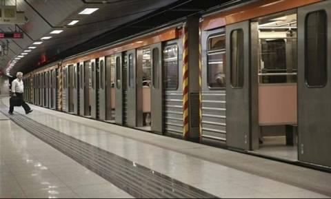 Πολυτεχνείο: Άνοιξαν όλοι οι σταθμοί του μετρό