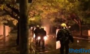 Πολυτεχνείο: Επεισόδια στη Θεσσαλονίκη - Βόμβες μολότοφ έξω από το Αριστοτέλειο