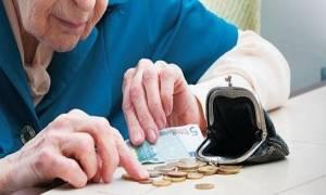 Συντάξεις Δεκεμβρίου 2017: Πότε θα δουν τα λεφτά οι συνταξιούχοι - Δείτε τις ημερομηνίες
