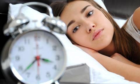 Αυτές είναι οι τροφές που καταπολεμούν την αϋπνία