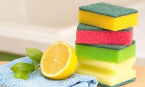 Εφτά απίθανες χρήσεις του λεμονιού για το καθάρισμα του σπιτιού