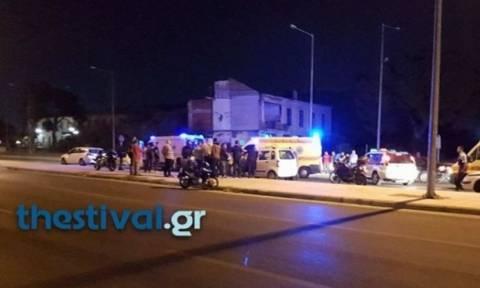 Σοκαριστικό τροχαίο στη Θεσσαλονίκη: Ένας νεκρός και δύο τραυματίες από μετωπική Ι.Χ. με ταξί