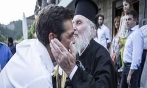 Πέθανε ο ιερέας Δημήτρης Τσίπρας, θείος του Πρωθυπουργού