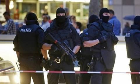Γερμανία: Συλλήψεις τζιχαντιστών που σχεδίαζαν επίθεση σε χριστουγεννιάτικη αγορά