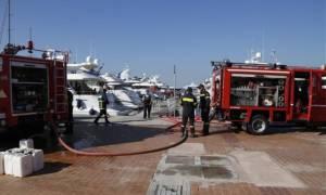 Πυρκαγιά σε σκάφος στη Γλυφάδα