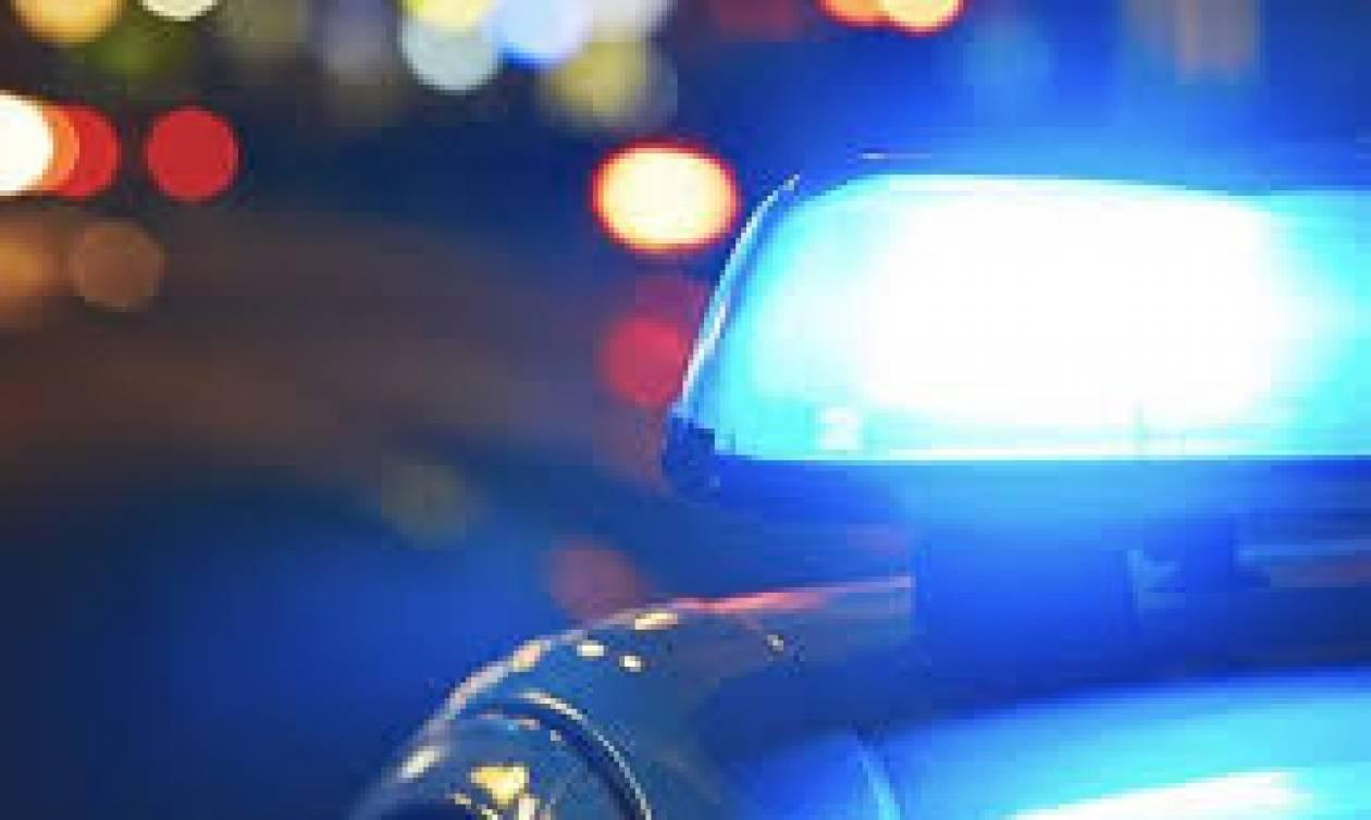 Κινηματογραφικό ριφιφί σε τράπεζα απέναντι από αστυνομικό τμήμα