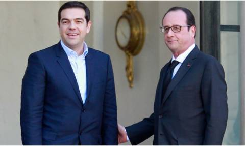 Επίσκεψη Τσίπρα στο Παρίσι: Συνάντηση με Ολάντ και Σαπέν