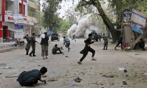 Αφγανιστάν: Βομβιστής-καμικάζι του Ισλαμικού Κράτους σκότωσε οκτώ ανθρώπους στην Τζαλαλάμπαντ