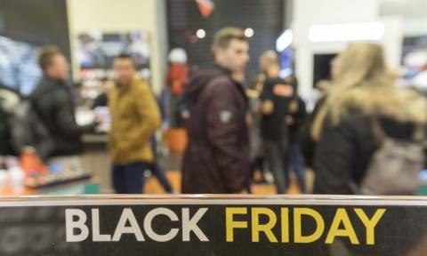Black Friday: Στο... ρυθμό των προσφορών όλη η χώρα - Ουρές στα καταστήματα - Τι πρέπει να προσέξετε