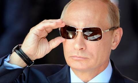 Ρωσία: «Προεκλογικές εκπλήξεις» ετοιμάζει ο Πούτιν