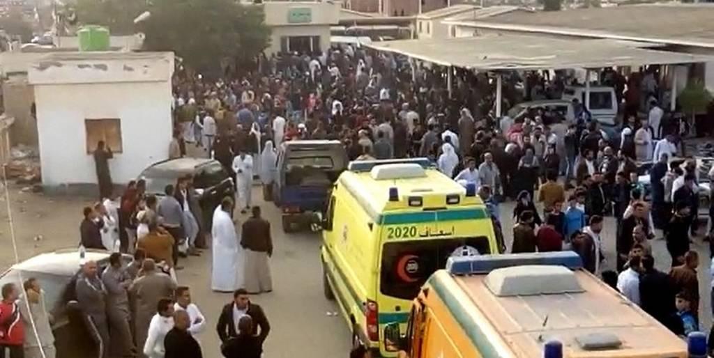 Θρήνος και οδυρμός στην Αίγυπτο από την πιο αιματηρή τρομοκρατική επίθεση στην ιστορία της χώρας