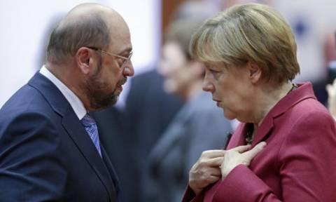 Γερμανία: Mε την πλάτη στον τοίχο Μέρκελ και Σουλτς