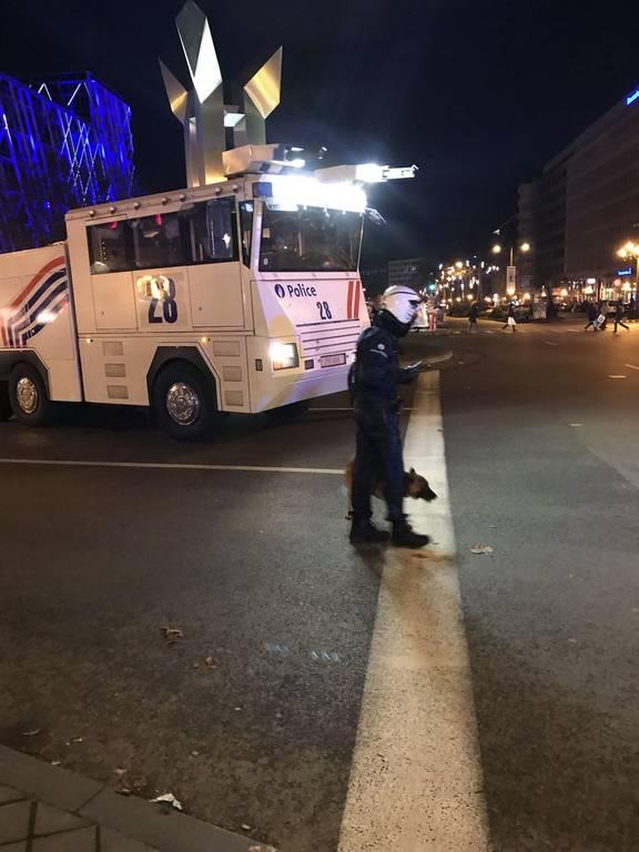 Βέλγιο: Βίαια επεισόδια ξέσπασαν στις Βρυξέλλες - Δείτε βίντεο και φωτογραφίες