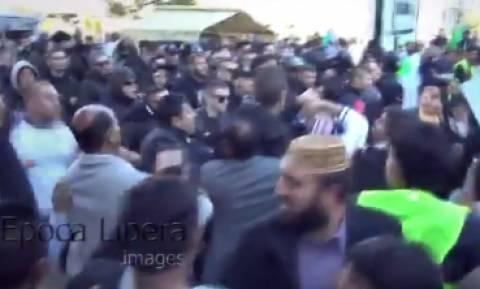 Άγριο ξύλο στην Αθήνα: Οπαδοί του ΠΑΟΚ διέλυσαν πορεία Πακιστανών (vid)