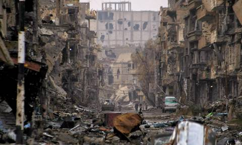Μακελειό στη Συρία: Τουλάχιστον 34 άμαχοι νεκροί από αεροπορικές επιδρομές στην Ντέιρ Εζόρ