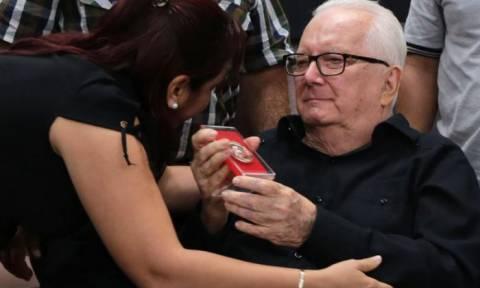 Θρήνος στην Κούβα: Πέθανε ο Αρμάντο Χαρτ
