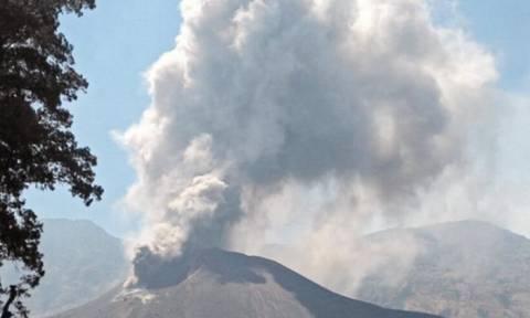 Συναγερμός στο Μπαλί: Περιμένουν έκρηξη του ηφαιστείου εντός των επόμενων 24 ωρών