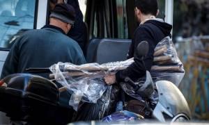 Κακουργηματικές κατηγορίες για τους συλληφθέντες στα Εξάρχεια - Τι «έκρυβε» το υπό κατάληψη κτήριο