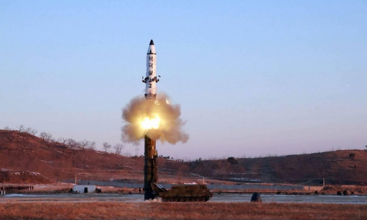 Ραδιοεπικοινωνίες «μαρτυρούν» νέα πυραυλική δοκιμή της Βόρειας Κορέας