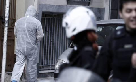 Πυροκροτητές και υλικά για βόμβες βρέθηκαν στις γιάφκες του Παγκρατίου