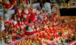 Εορταστικό ωράριο καταστημάτων: Δείτε πότε ξεκινά - Ποιες Κυριακές θα είναι ανοιχτά τα μαγαζιά