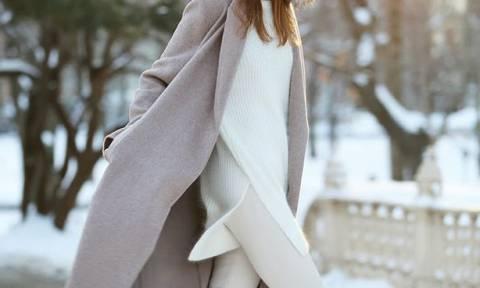 Λευκό jean και τον χειμώνα; Aμέ, με αυτούς τους 5 τρόπους
