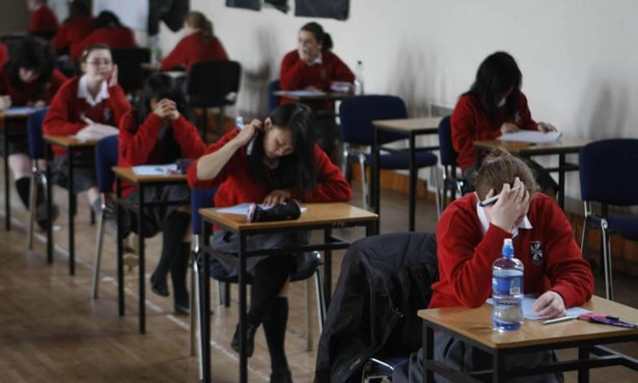 Εικόνες ντροπής στη Βρετανία: Δεκάδες χιλιάδες παιδιά λιποθυμούν στα σχολεία από την πείνα