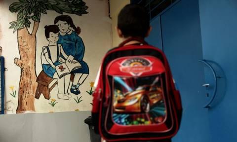 Σοκ στην Αττική: Αποπειράθηκαν να απαγάγουν μαθητή έξω από το σχολείο του
