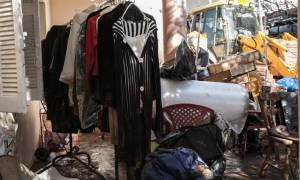 Η κάμερα του CNN Greece στη Μάνδρα: Οι εικόνες βιβλικής καταστροφής «μιλούν» από μόνες τους