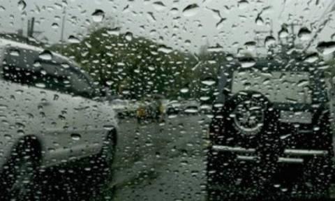 Καιρός LIVE: Δείτε πού βρέχει τώρα