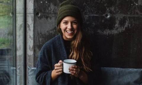 Ευχάριστα νέα για τους λάτρεις του καφέ: Πόσους πρέπει να πίνετε τη μέρα