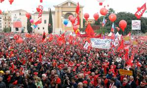 Σε εξέλιξη μεγάλες διαδηλώσεις στην Ιταλία (Vid)