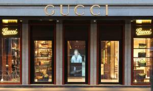 Μιλάνο: «Ντου» της αστυνομίας στον οίκο Gucci – Στο «μικροσκόπιο» για σκάνδαλο δισεκατομμυρίων