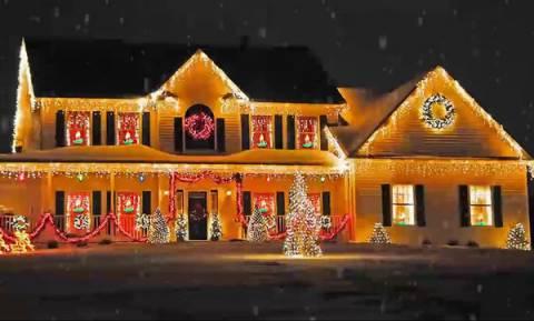 Μήπως το παράκαναν με τον χριστουγεννιάτικο στολισμό; Τα πιο κιτς σπίτια του Διαδικτύου
