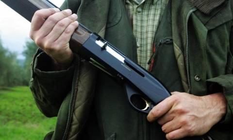Σοκ στην Αμαλιάδα: Πατέρας πυροβόλησε τον γιο του