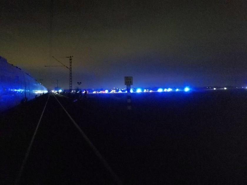 Γερμανία: Σφοδρή σύγκρουση τρένων κοντά στο Ντίσελντορφ – Τουλάχιστον 50 τραυματίες (Pics)