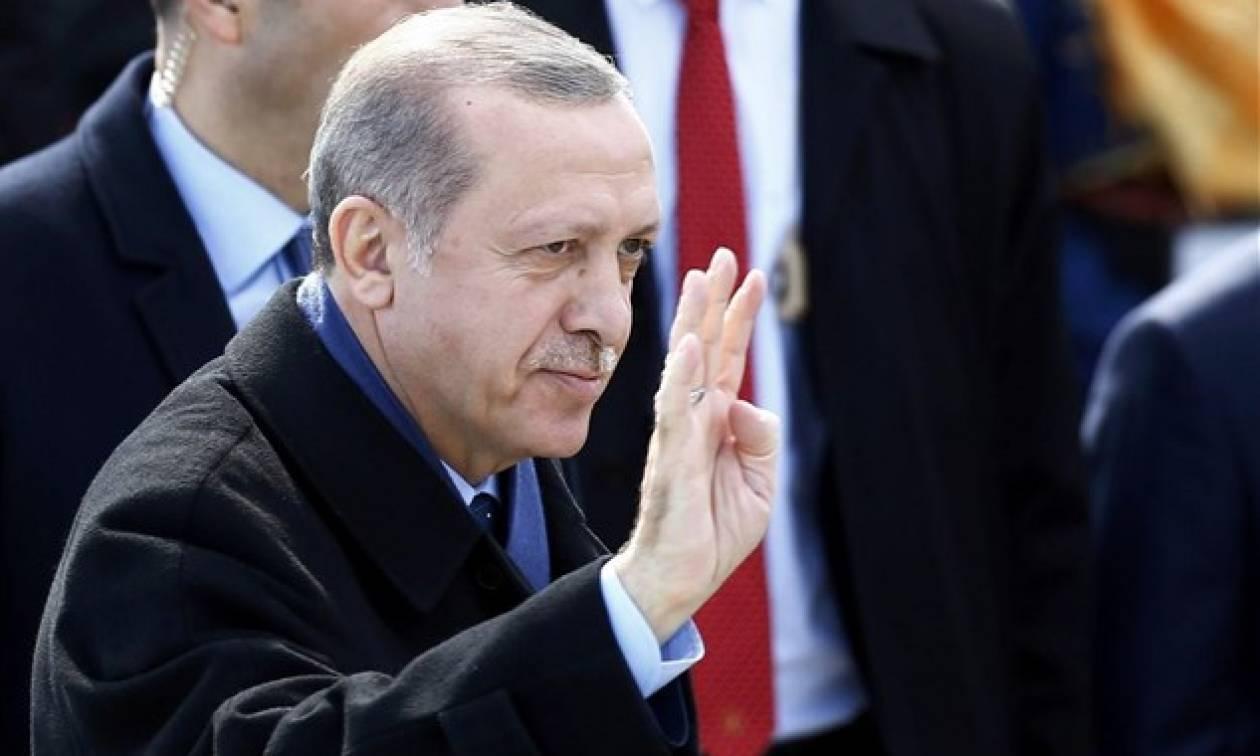 Βάζει «φωτιές» ο Ερντογάν: Ζητά αναθεώρηση της συνθήκης της Λωζάνης