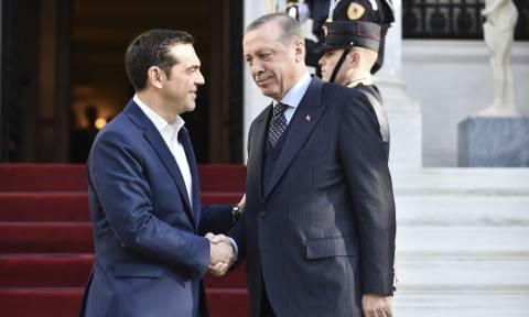 Ερντογάν σε Τσίπρα: Οι Τούρκοι ευγνωμονούν τους Έλληνες
