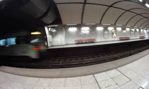 Συναγερμός στο σταθμό του Μετρό «Σύνταγμα» - Άνδρας έπεσε στις ράγες