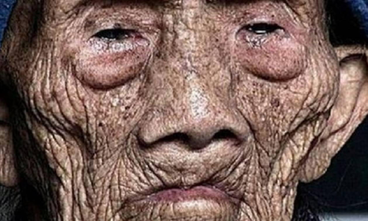 Άντρας 256 ετών σπάει την σιωπή του λίγο πριν ξεψυχήσει και αποκαλύπτει σοκαριστικά μυστικά